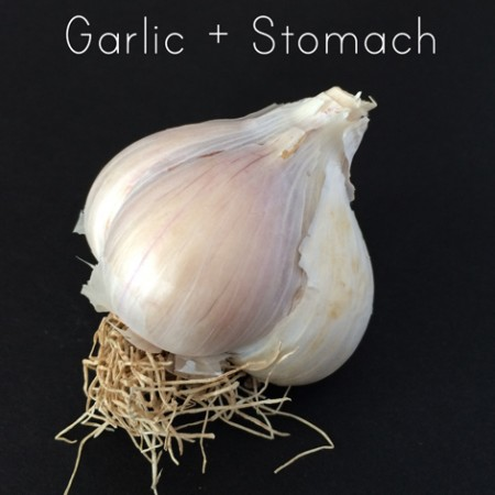 Garlic-Makes-Stomach-Ache